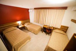 Apartamento triple - 3 camas solteiro